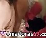 Suruba MMF com a safadinha que adora duas picas - Mais em www.Amadoras69.com