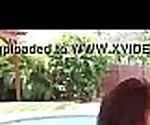 novinha gostosa trepando na piscina - www.lolliporn18.com