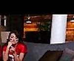 Детки - Снэк атаки В ролях Лукас Мороз и Adria Рэй клип