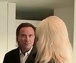 2 Opas ficken junge blonde unschuldige mit dicken Titten
