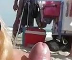 Naomi et Nico sur la plage du cap d\'agde