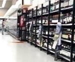 Real Amateur Public Anal Sex Risky on Super market! People walking near...