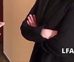 La bosse mature francaise a le pti cul ramone par un employe