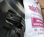Дези раджастхани Bhabhi hot желудок в автобусе