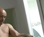 Женщина menage выполняется трахал дедушка и его приятель