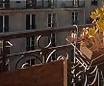 Публичный секс на балконе в морозную Париж! Пару Любительских LeoLulu