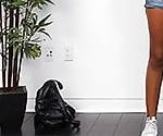 Кубинская Девушка С Французским Акцентом Растирается До Оргазма После Оргазма