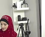 Возбужденный фотограф трахнул сексуальная мусульманка