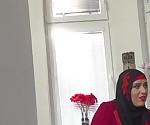 Благодарна сексуальная мусульманин получает костей
